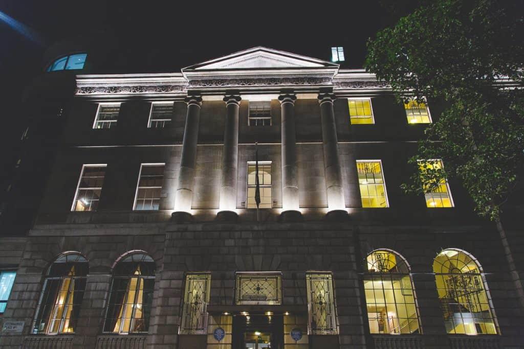 Lansdowne Club, London at night