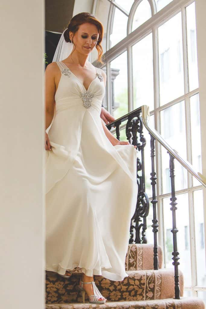 Bride arriving for ceremony at Lansdowne club